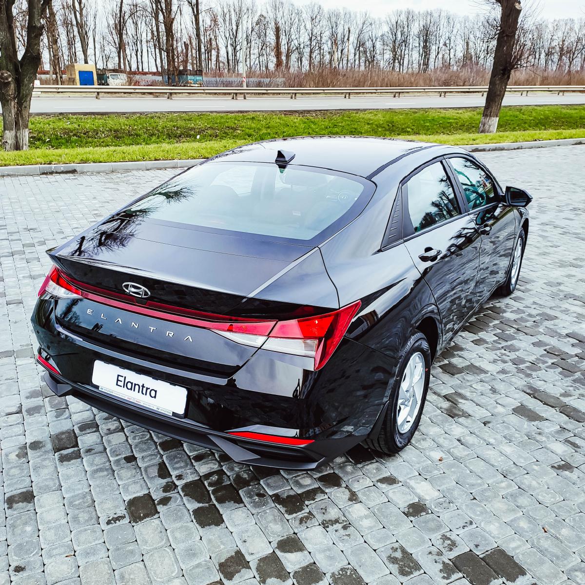 Поставте під сумніви старі правила разом з Hyundai New Elantra! | Хюндай Мотор Україна - фото 17