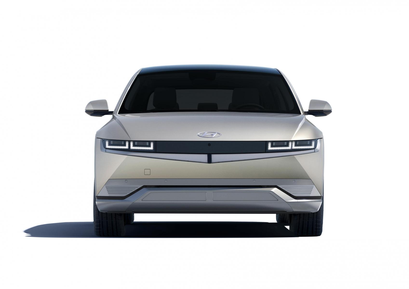 Hyundai IONIQ 5 переосмислює спосіб життя з електричною мобільністю   ТОВ «Хюндай Центр Полтава» - фото 11